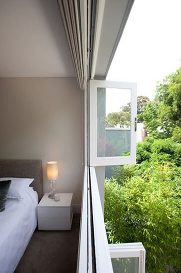 Contemporary design and rebuild of inner city Sydney Terraces Architect Fin